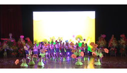 Khúc ca BigSchool - Học sinh trường Ngôi Sao Hà Nội biểu diễn