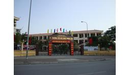 Cách chức Hiệu trưởng, Hiệu phó trường TH Nam Trung Yên