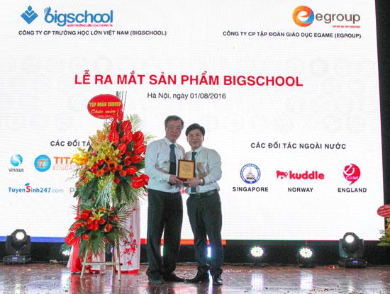 TS toán học Lê Thống Nhất thiết kế trường học trực tuyến bigschool.vn